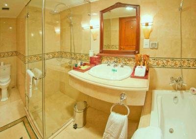 Badezimmer im Grand Hotel Saigon